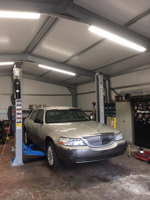 Hummer 4 U Ltd took install of a Hofmann Megaplan megalift 4000-2, the latest version of our two post vehicle lift model.