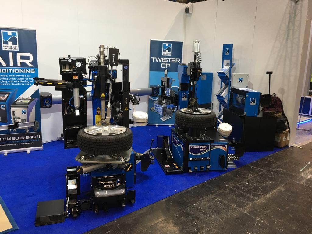 Hofmann Megaplan's range of tyre changers on show at Automechanika 2019