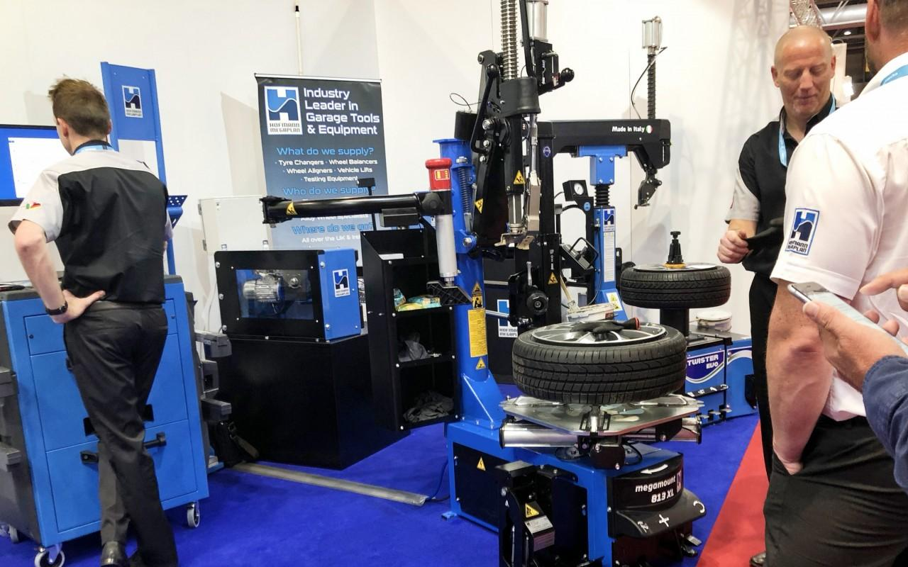Hofmann Megaplan Tyre Changers on show at Automechanika 2018