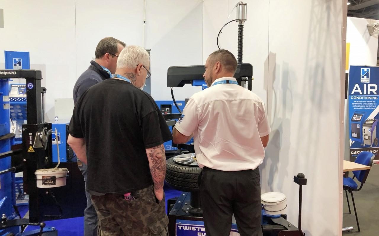 Tyre Changer Demo in progress for delegates at Automechanika 2018