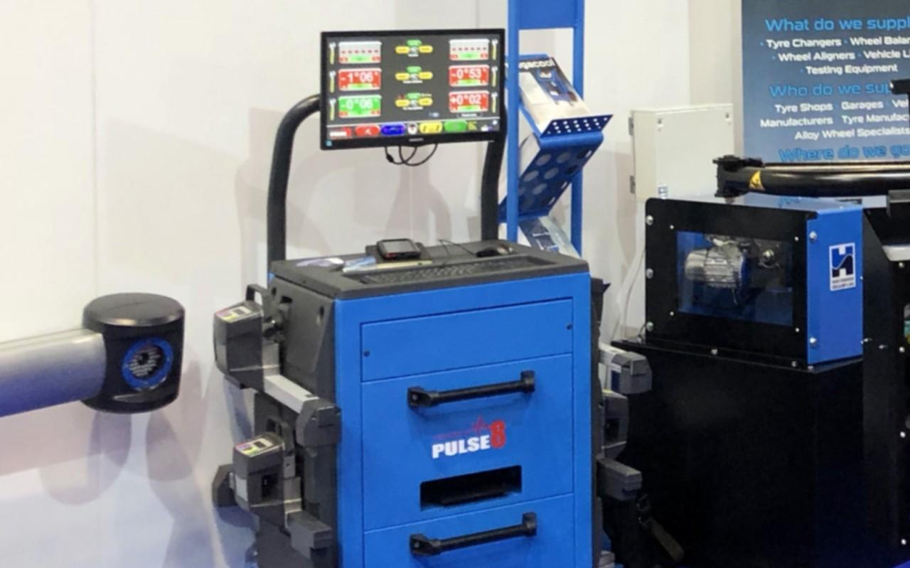 Pulse 8 aligner on show at Automechanika 2018