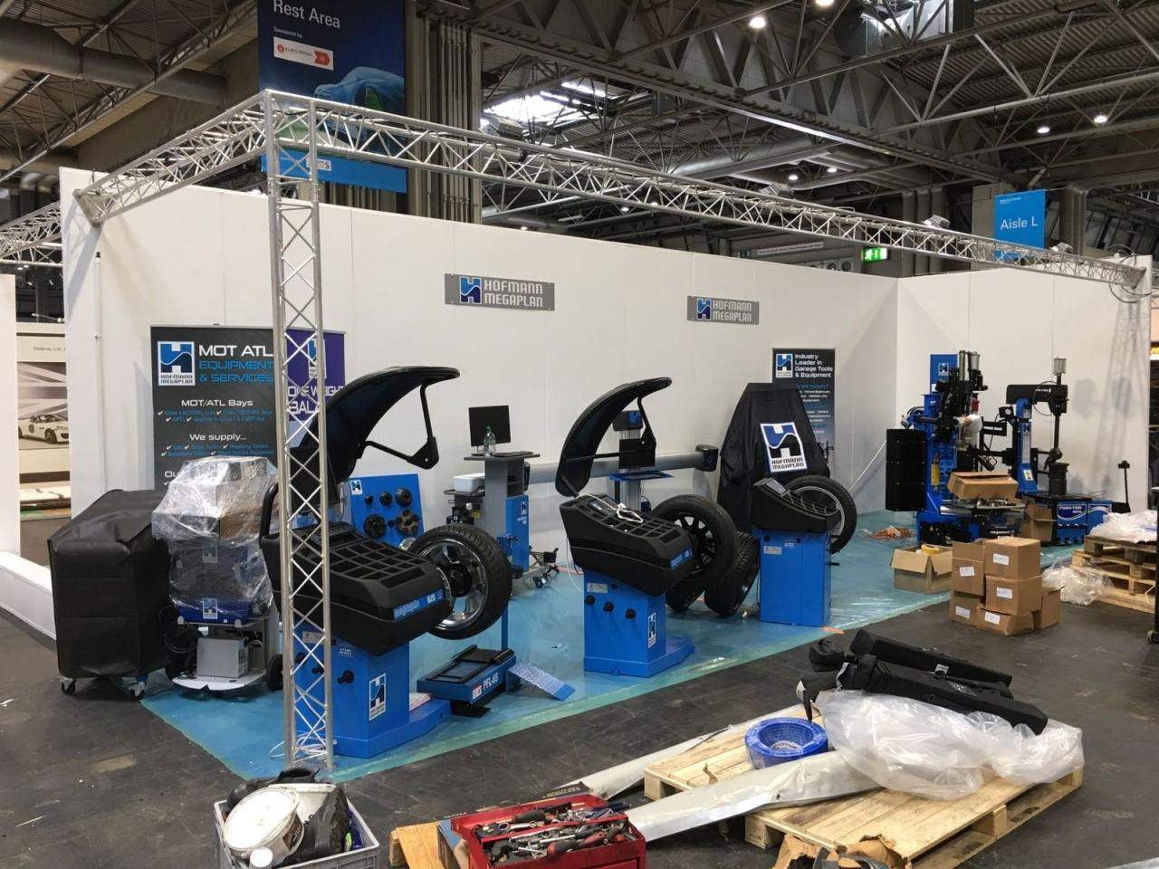 Wheel Balancers unpacked at Automechanika 2018
